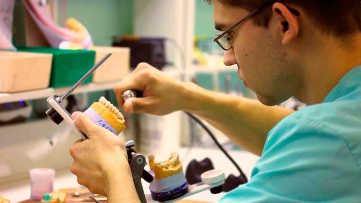 Работа зубной техник в майкопе
